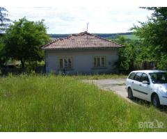 Продава се къща  в село Николаево