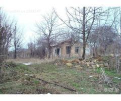 Продава се парцел за строителство в село Садина