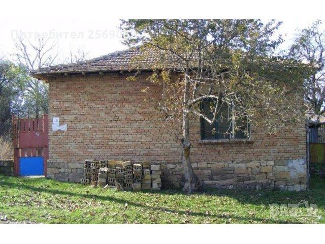 Едноетажна къща в село Паламарца