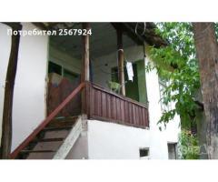 Продава се двуетажна къща село Паламарца